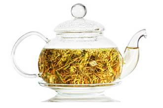 Чайник с чаем от аллергии