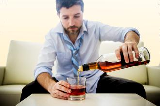 Можно ли пить алкоголь при крапивнице?