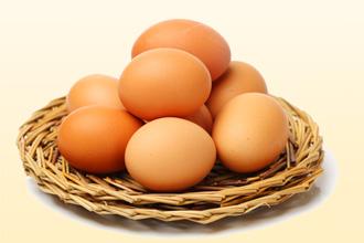 Яйца являются агрессивным продуктом